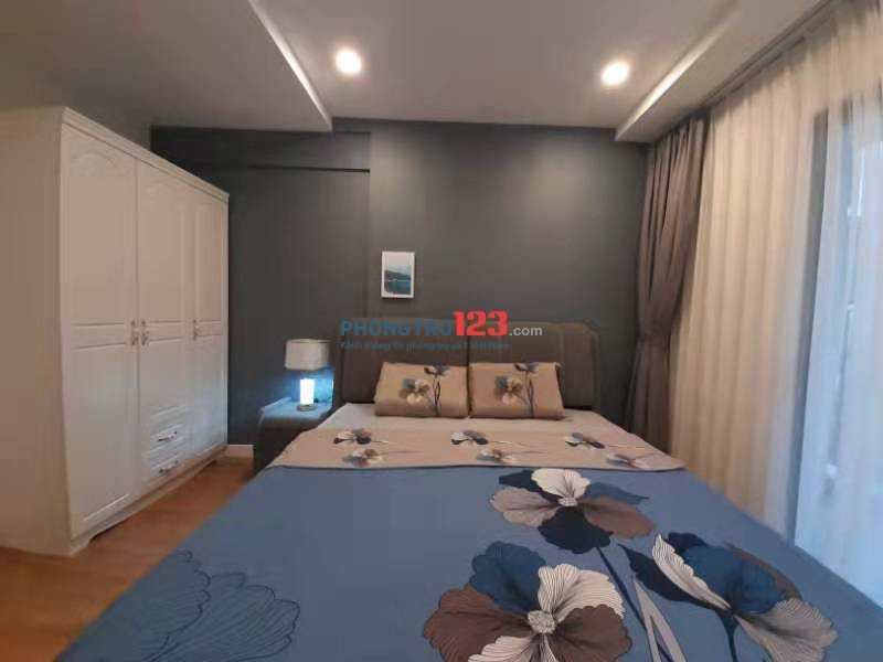 Chung cư cao cấp Kosmo Tây Hồ - 2 ngủ full nội thất - view Hồ Tây