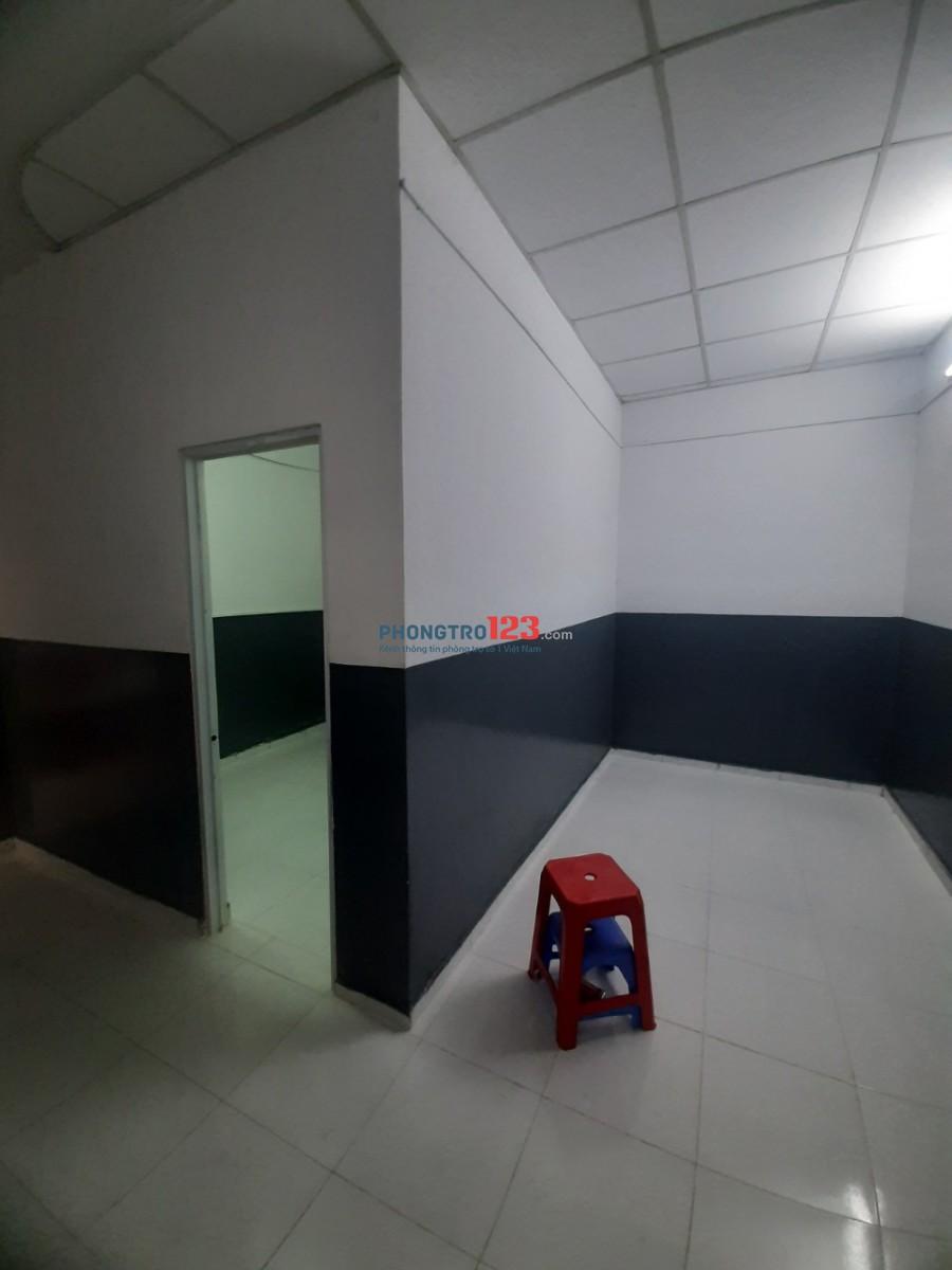 Phòng trọ cao cấp máy lạnh full nội thất (Đường Lũy Bán Bích)