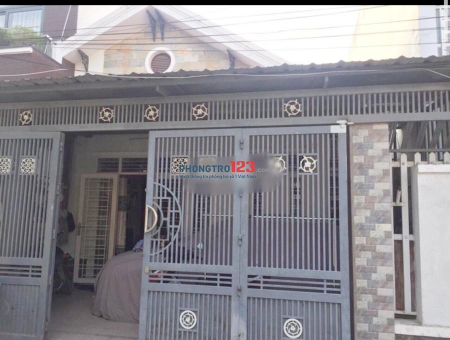 Cho thuê nhà nguyên căn 120m2 hẻm 6m tại Đường số 8, P.Tăng Nhơn Phú B, Q.9. Giá 8tr/tháng