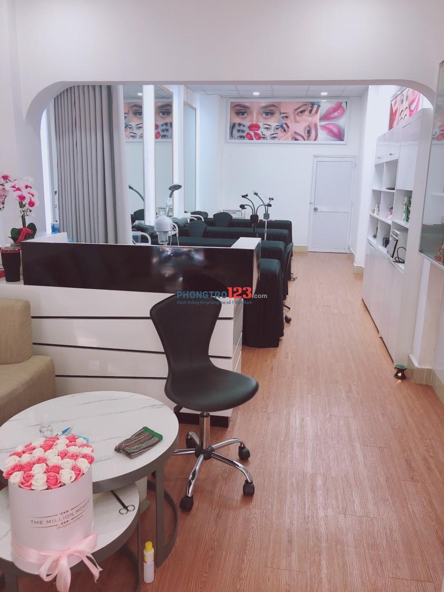 Cho thuê or sang mặt bằng 45m2 kinh doanh Spa ngay trung tâm Q1 chợ Tân Định