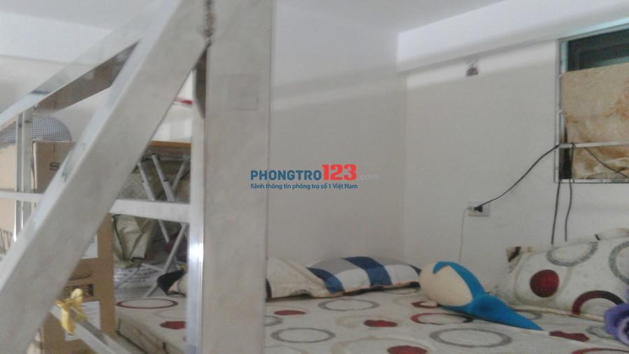 Phòng trọ tại Bùi Xương Trạch nhà mới đầy đủ tiện nghi, khép kín cho gia đình sinh viên, phòng có gác xép rộng 26m