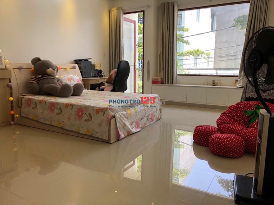 Cho thuê phòng cao cấp 990, Nguyễn Duy Trinh, P.Phú Hữu, Q.9. Giá từ 1.5 triệu đến 5 triệu/th