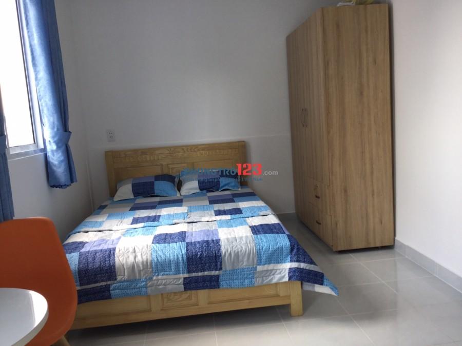 Cho thuê căn hộ full nội thất đường Hậu Giang gần Sân bay Tân Sơn Nhất