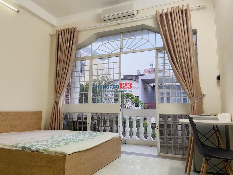 Cho thuê phòng ban công đường Cộng Hòa, Q.Tân Bình