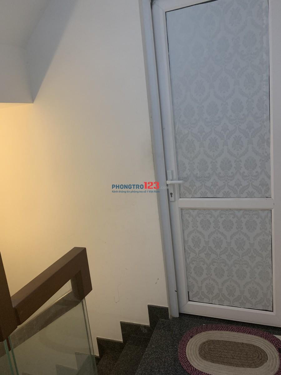 Phòng 1 người ở cho Nữ thuê (TT Phan Xích Long)