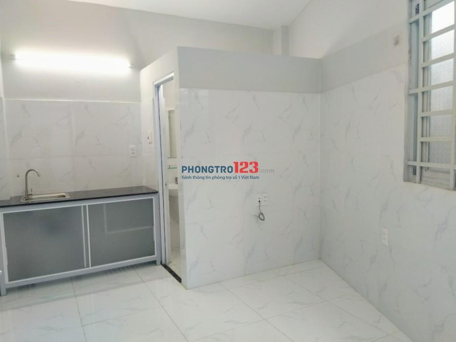 Phòng đẹp gần chung cư K26, có cửa sổ, WC riêng, giờ tự do, được nấu ăn. Camera an ninh & BV 24/24, có thang máy