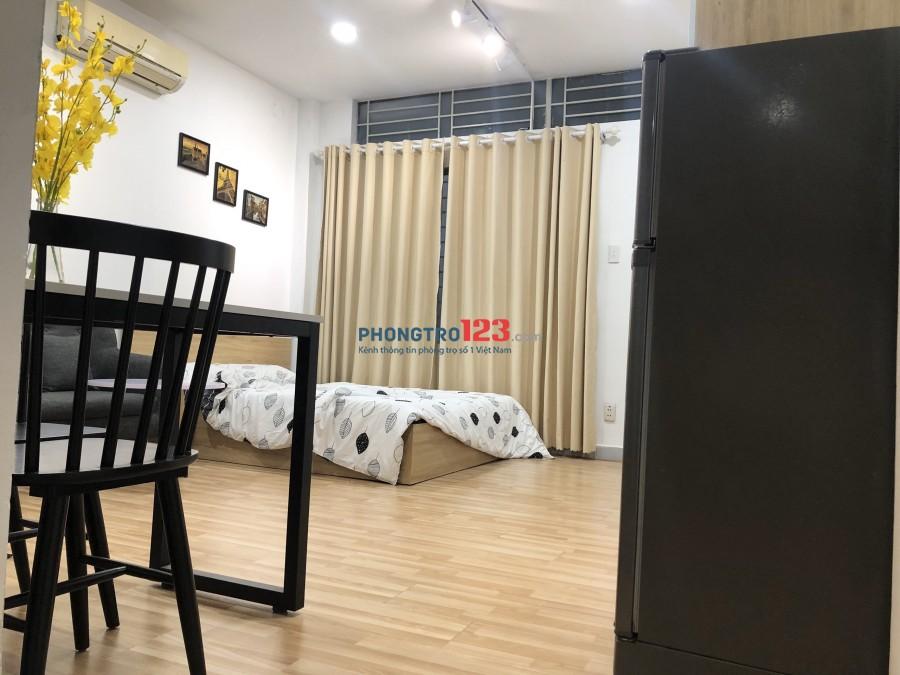 Cho Thuê CHDV Khu Sân Bay TSN - Full Nội Thất Cao Cấp. Chỉ 4,9 Triệu/Tháng Tin Được Không?