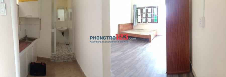 Phòng Full nội thất ngay Hàng Xanh, đi bộ tới Trường Hutech, Giao thông vận tải, Ngoại thương, Hồng Bàng...