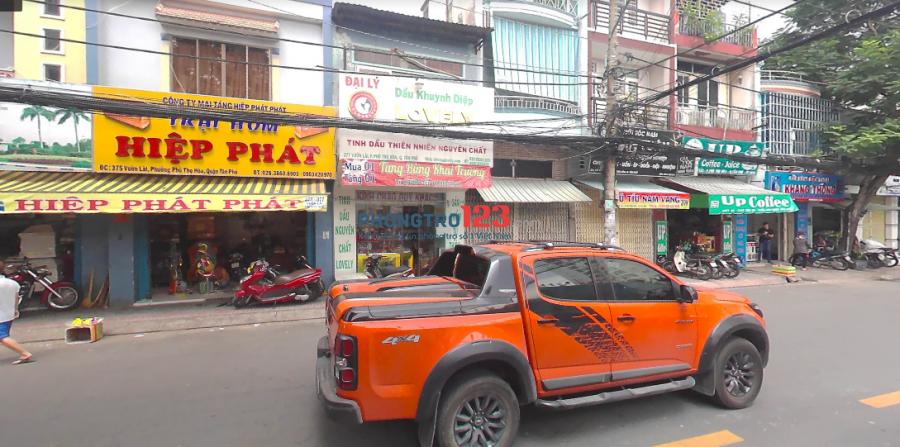 Cho thuê nhà hẻm rộng 1 trệt 1 lầu quận Tân Phú ( miễn trung gian)