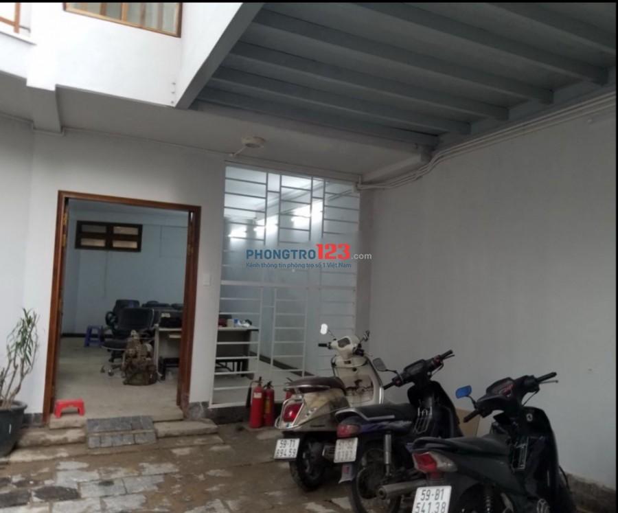 Cho thuê nhà nguyên căn 3 lầu 8x11 DTSD 300m2 Tại Thạch Thị Thanh P Tân Định Q1
