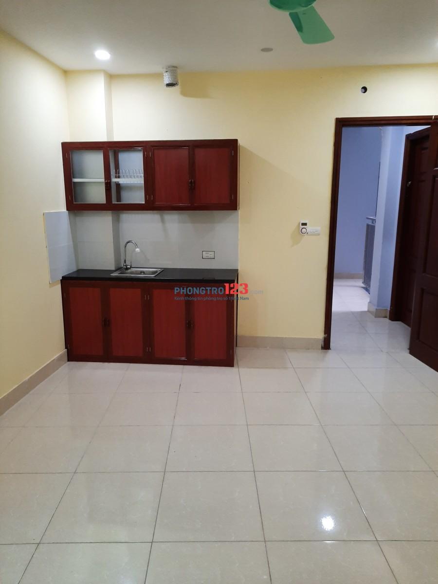 Căn hộ gia đình (mới xây, có thang máy)