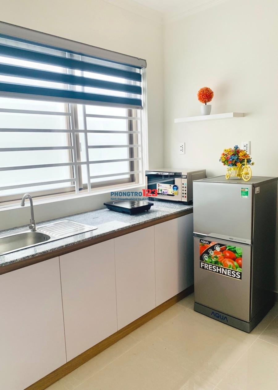 CHDV 25m² full tiện nghi, ban công, thang máy Phan Xích Long, Phú Nhuận. Giá chỉ 4tr