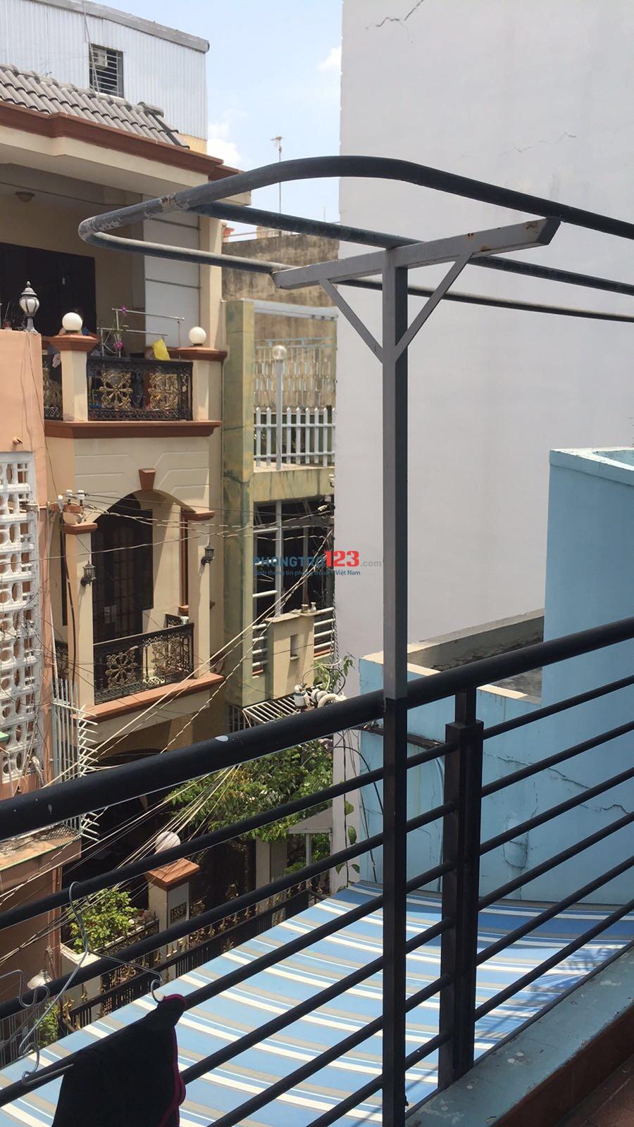 Phòng đúc mới xây rộng 36m2 ngay TTQ10 cần cho Nữ SV - NVVP thuê