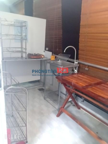 Cho thuê phòng trọ full nội thất 130/55 Phạm Văn Hai