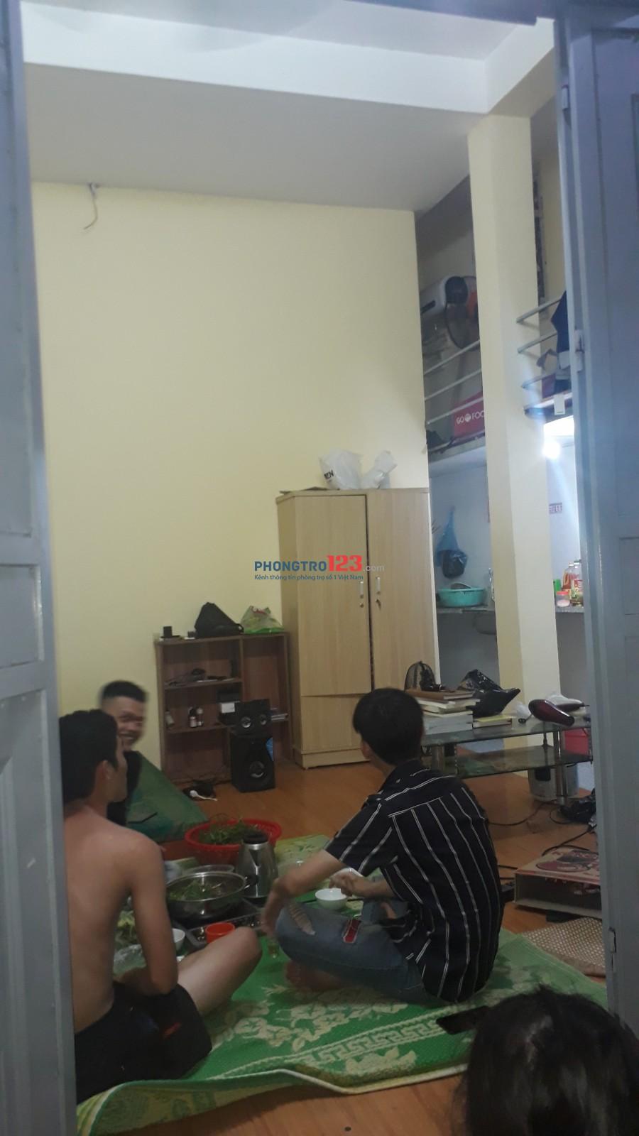 Cho thuê 1 phòng tầng 1 Có Điều Hòa
