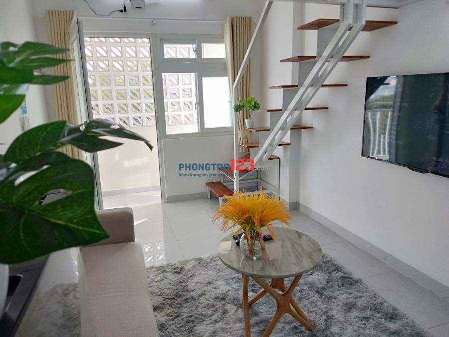 Căn hộ 30m2 full nội thất, Ban công,phù hợp ở gia đình, Sinh viên, NV Văn phòng-gần C.Phú Mỹ, Big C, P.M.Hưng, KCX Quận7