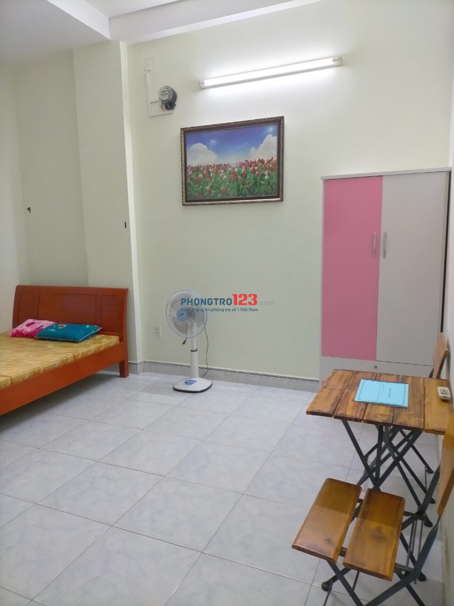 Phòng đầy đủ tiện nghi sát biển Nguyễn Tất Thành