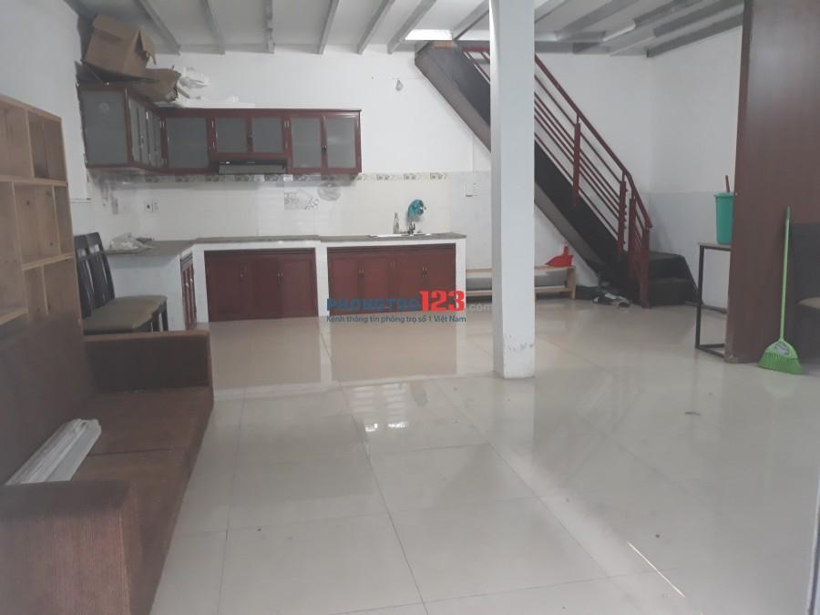Nhà 1 trệt 1 lầu hẻm Nơ Trang Long, Bình Thạnh