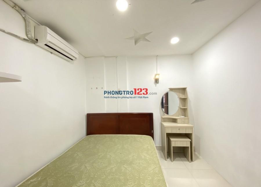 Cho thuê căn hộ full nội thất, 2 phòng ngủ riêng ngay big C, Pandora Trường Chinh