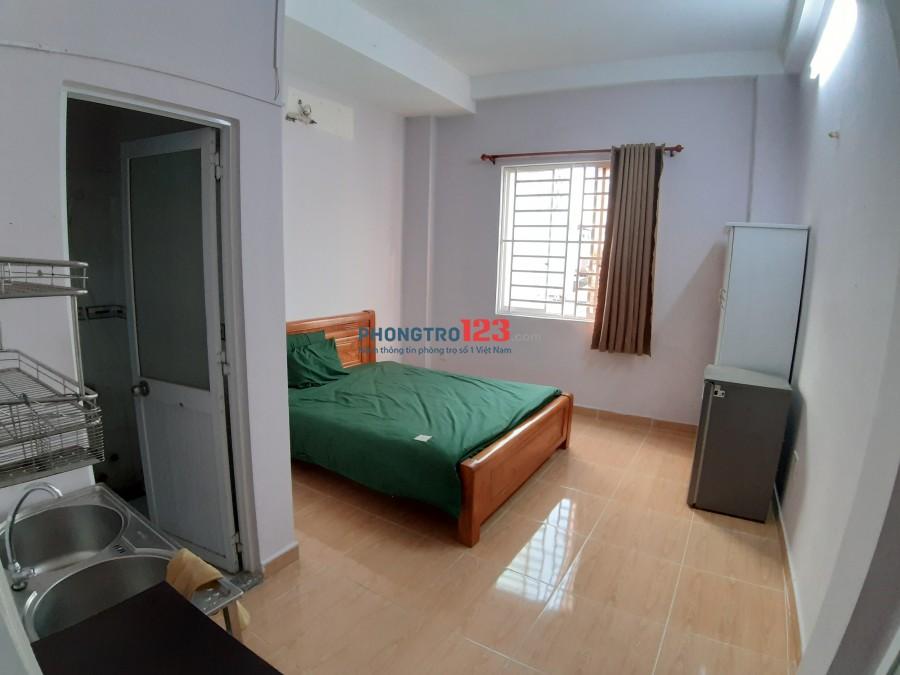 Phòng trọ giá rẻ full nội thất, giáp Trường Sa, Phan Đăng Lưu, chợ Bà Chiểu