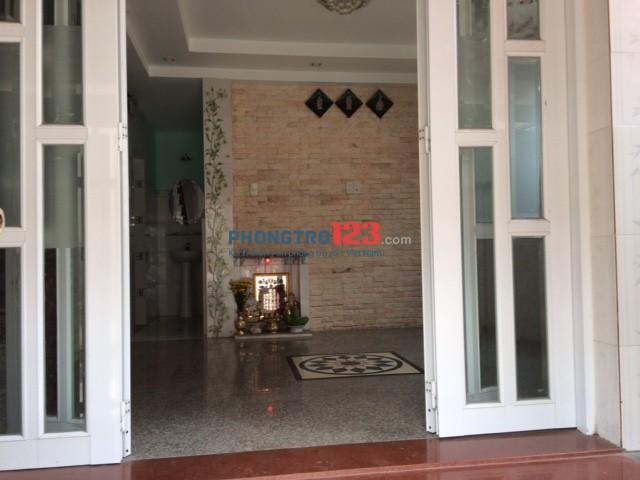 Nhà nguyên căn bên cạnh chợ Đo Đạc, Trần Não, tiện ở cũng như làm văn phòng