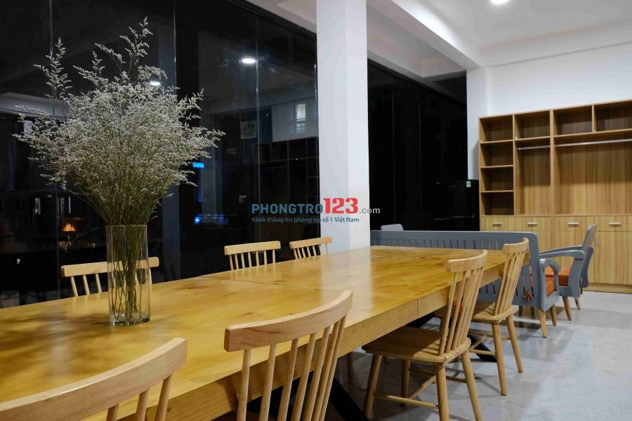 View ngắm Thành phố - Sát HUTECH - Thiên đường ăn chơi D2 - Full nội thất không gian riêng - Bao trọn chi phí A-Z