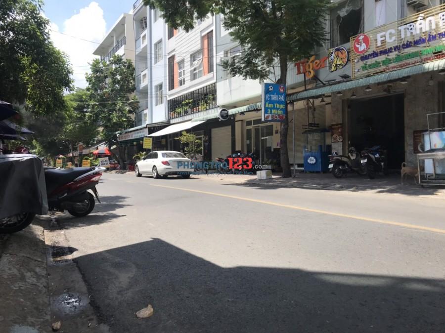 Sang HĐ nhà nguyên căn 3 lầu mặt tiền hiện đang kinh doanh Quán Nhậu tại Vườn Lài, Q.Tân Phú