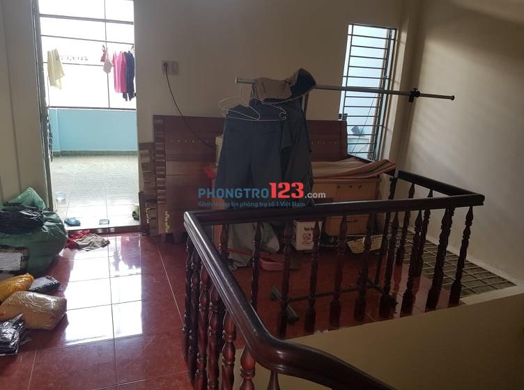 Cho thuê nhà nguyên căn 1 trệt 2 lầu đường CMT8