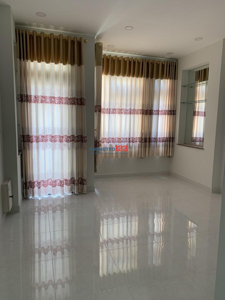 Cho thuê nhà nguyên căn mới xây 4 x 16, 1 trệt 3 lầu 5pn hẻm 6m tại Đường 26/3, Q.Bình Tân
