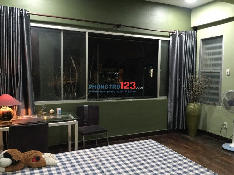 Cho thuê căn hộ tầng 3 chung cư Lý Thái Tổ, 73m2 2pn, Full nội thất. Giá 8tr/tháng