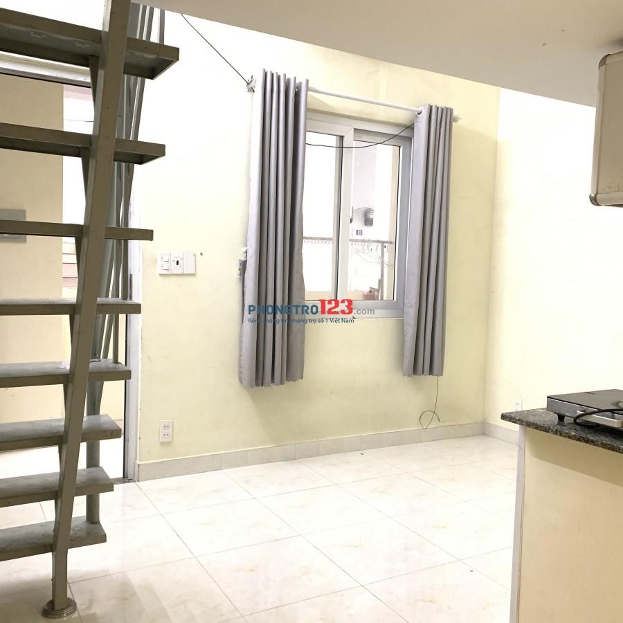 Phòng trọ có nội thất cơ bản mới nằm gần ngã tư Huỳnh Tấn Phát, giá chỉ 3.5tr