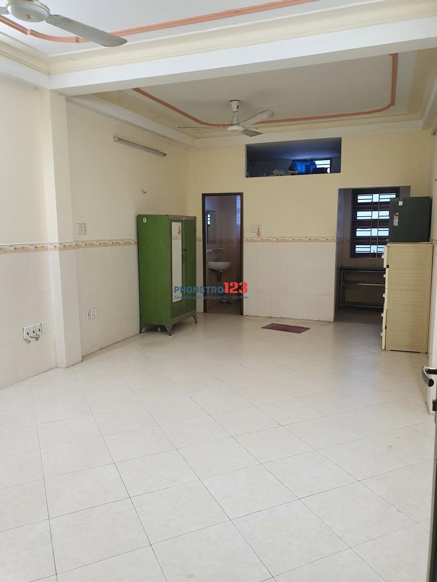 Cho thuê phòng trọ - Q10 - 35m2