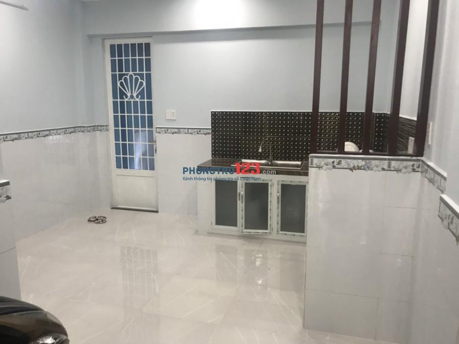 Cho thuê nhà nguyên căn mới xây 4x14 1 trệt 1 lầu HXH tại Lê Đình Cẩn, Q.Bình Tân. Giá 8tr/th