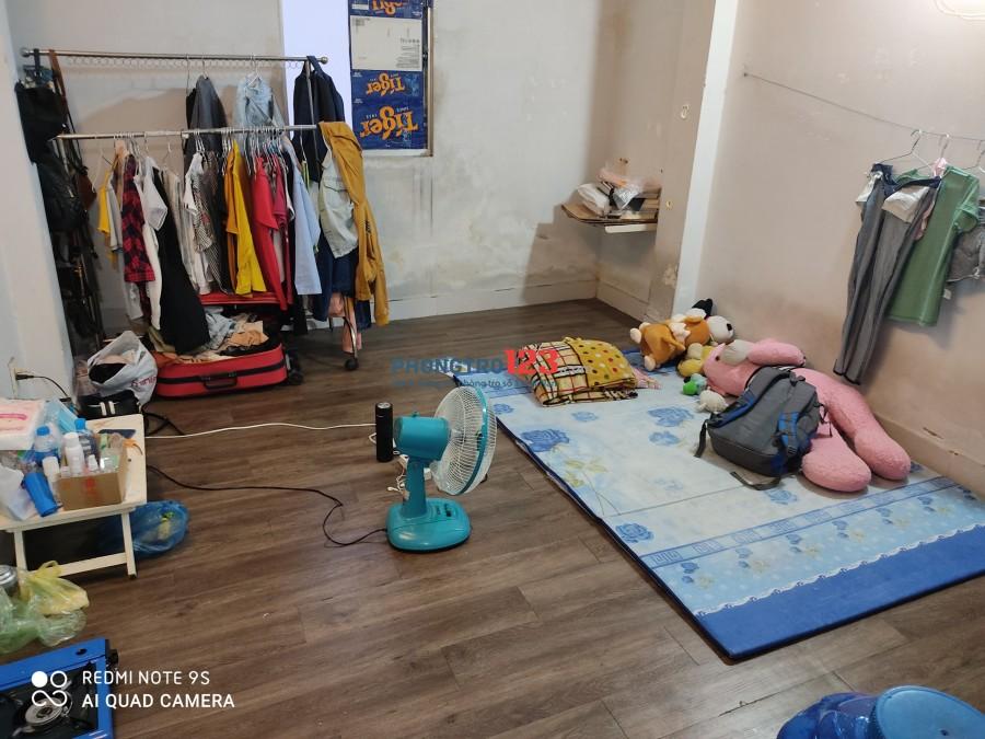 Cần Nữ ở ghép tại Tân Bình. Phòng sạch sẽ, thoáng mát