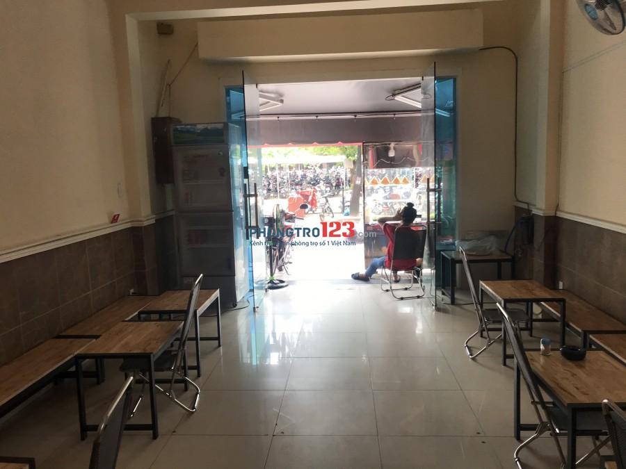 Cho thuê mặt bằng tầng trệt 4,5x15,5 mặt tiền 45 Nguyễn Thái Bình P4 Q Tân Bình giá 17tr/th
