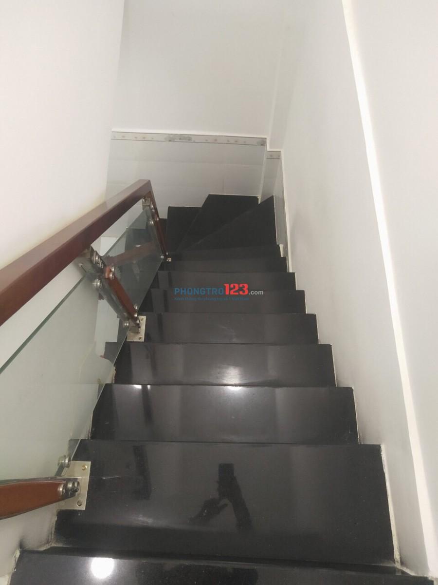 Nhà nguyên căn, q7, 70m2, không nội thất, 8,5tr