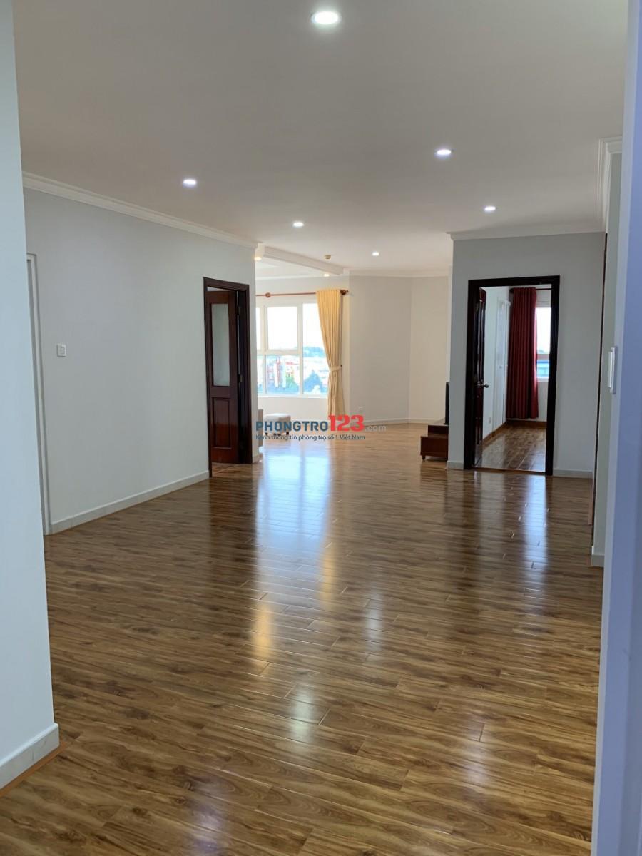 Cho thuê căn hộ 132m2 3pn có nội thất Chung Cư Phúc Yên 1, Phan Huy Ích, Q.Tân Bình. Giá 16tr/th