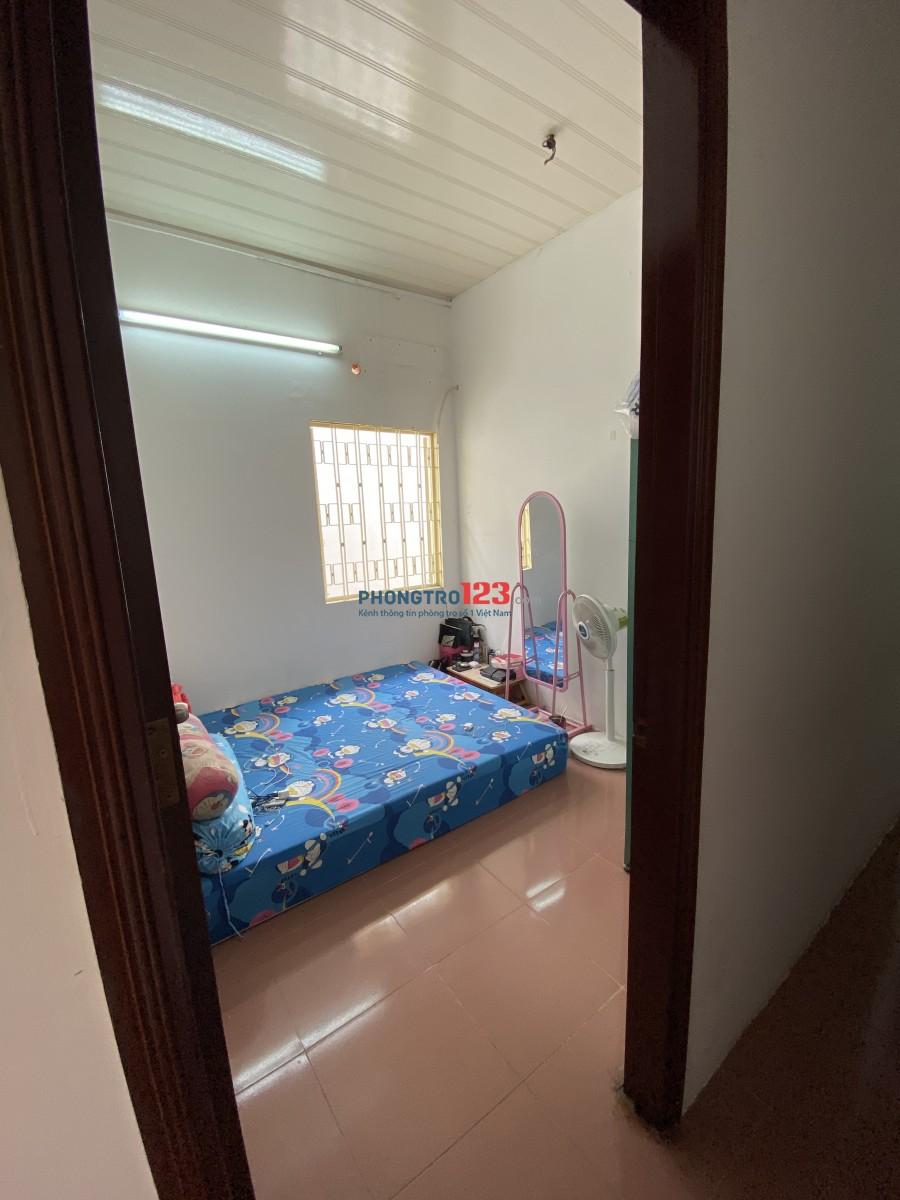 Phòng đẹp chỉ cho Nữ thuê giá rẻ. Ngay đường Lý Chính Thắng, Phường 8, Quận 3 ( ngay trung tâm luôn).