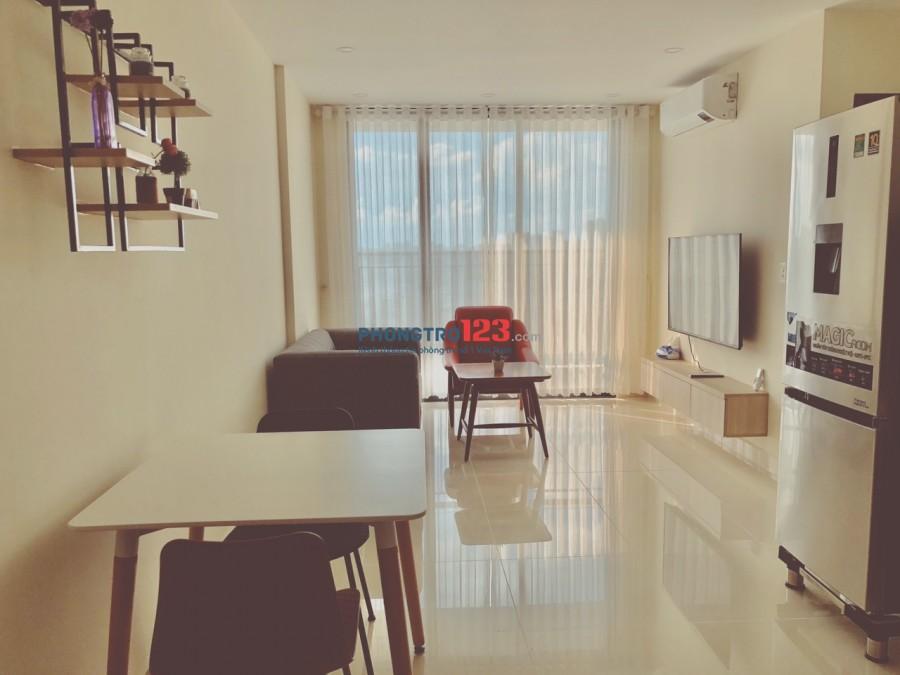 Cho thuê căn hộ Full nội thất, giá 12tr/tháng, cách ĐH TĐT, Rmit 3 phút, Quận 1 chỉ 20 phút.