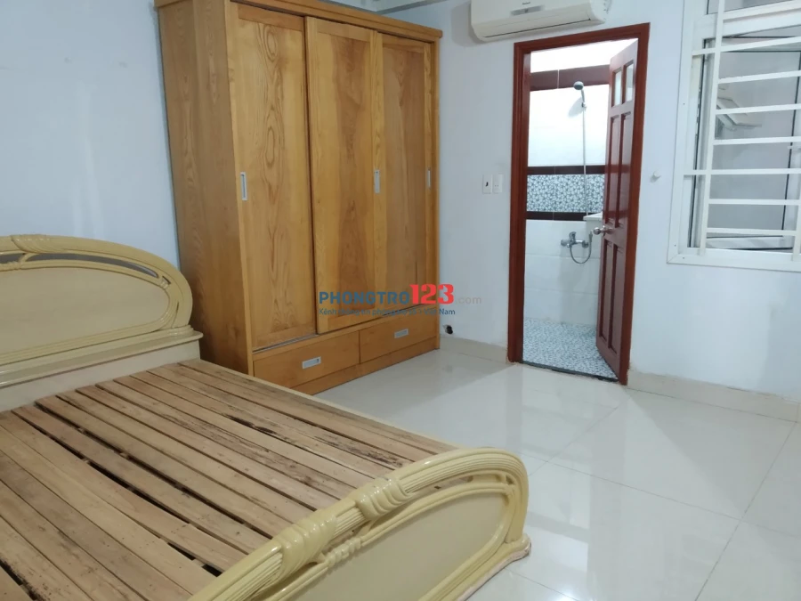 Phòng trọ trong nhà nguyên căn, đủ gường tủ, có bếp và sân thượng