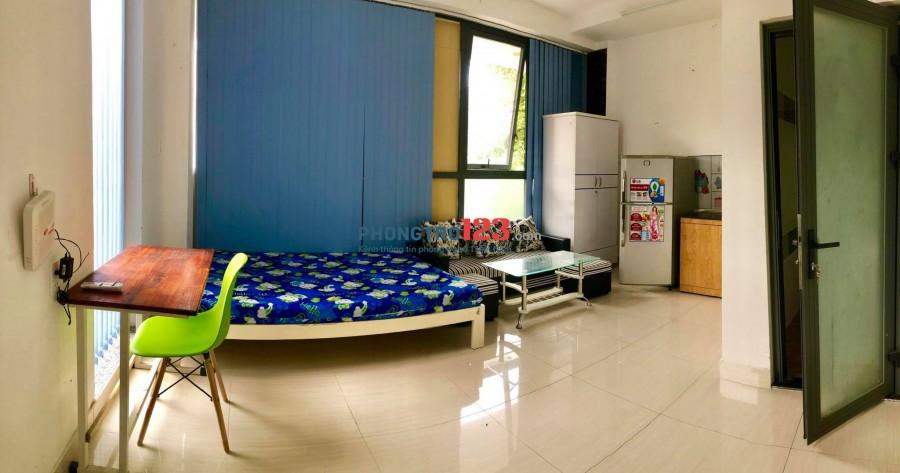 Phòng đầy đủ tiện nghi chỉ xách va li vào ở, ngay đường Cộng Hòa quận Tân Bình gần ETOWN.