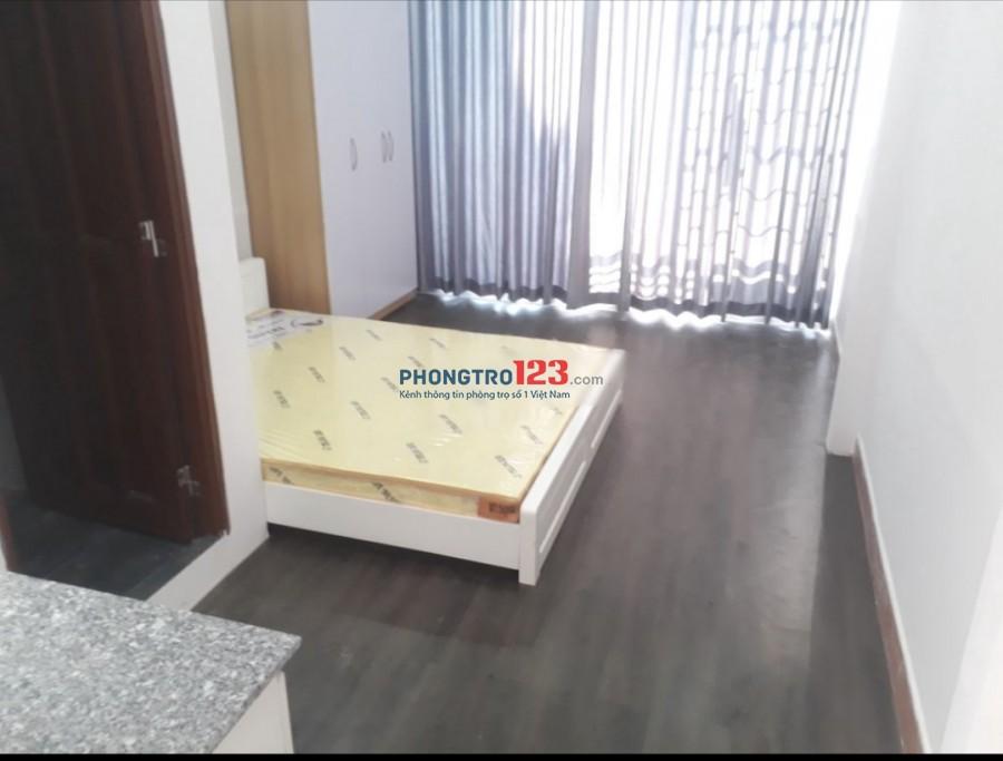 Cho thuê phòng đầy đủ nội thất 25m2 ngay trung tâm 103/5 Trần Đình Xu Q1 giá 5,7tr/tháng