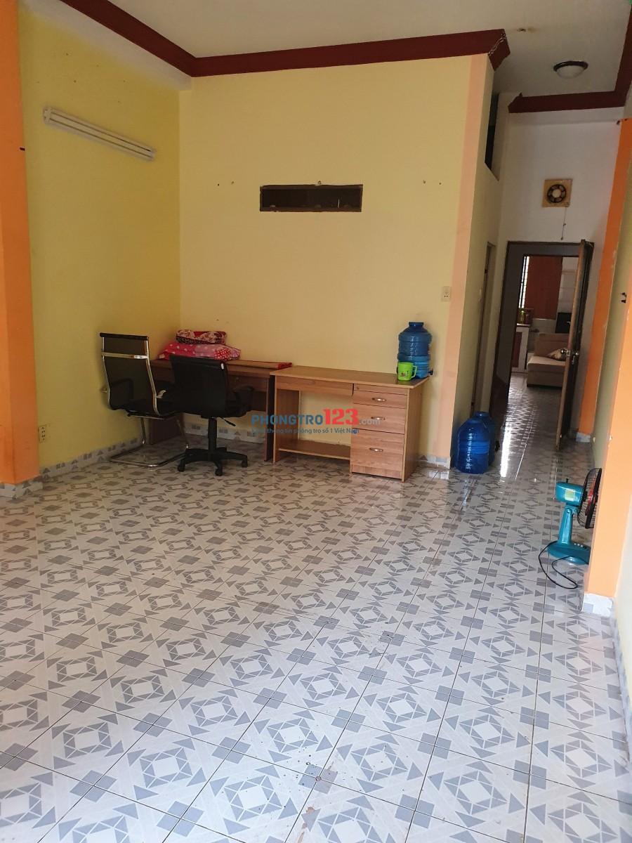 Cho Thuê Phòng Bao Điện Nước Tên Lửa, Bình Tân ( Không mô giới )