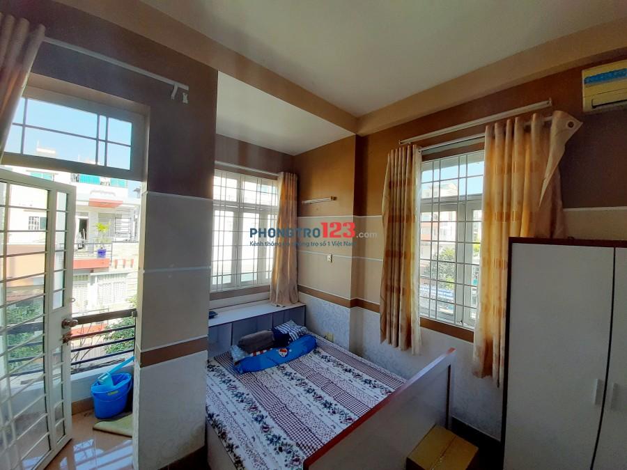 Phòng 2 cửa sổ 1 balcon - Full nội thất - giá tốt