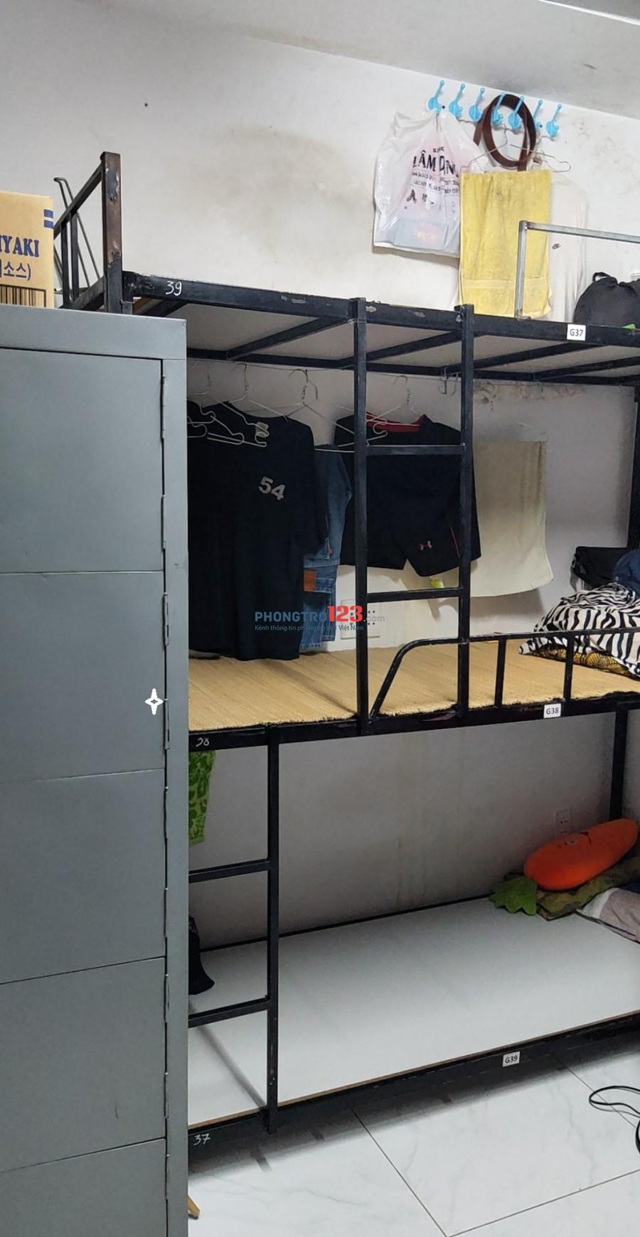 KTX máy lạnh bao tron gói quận Tân Bình gần sân bay