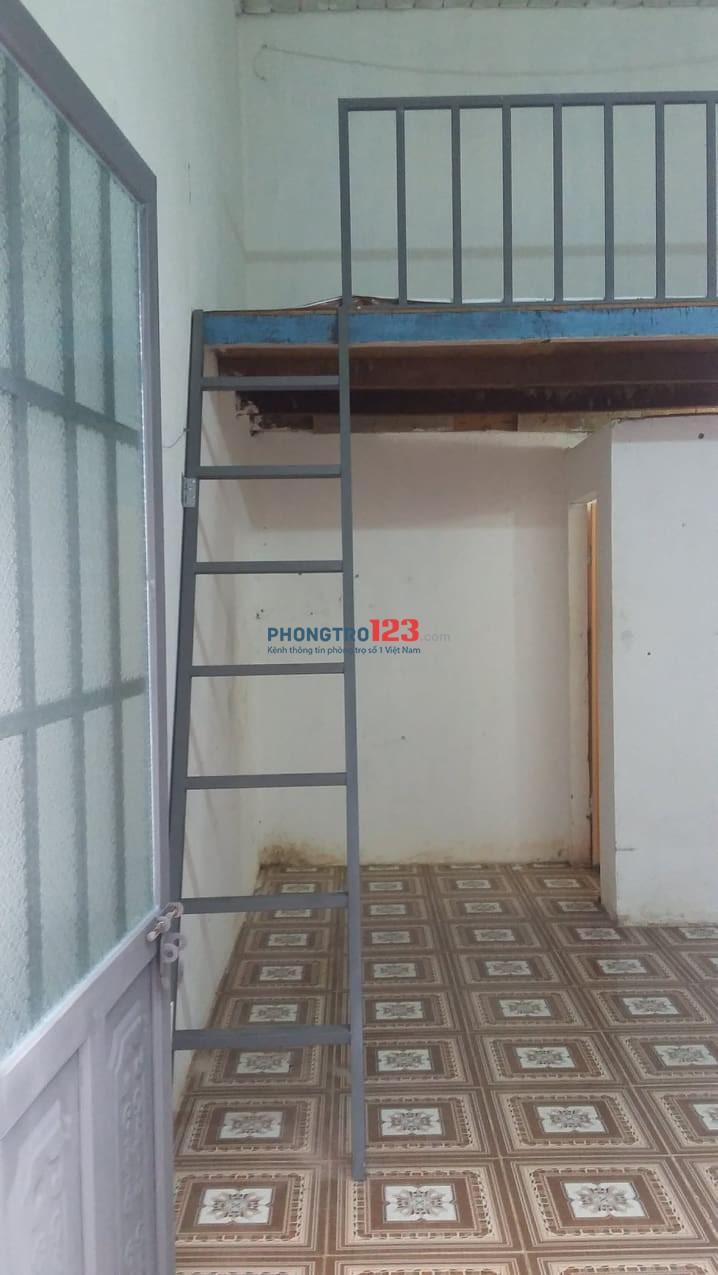 Nhà trọ có gác sạch sẽ thoáng mát, giá 900k/tháng