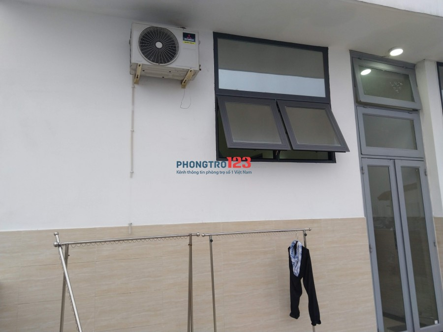 Phòng Căn hộ dịch vụ gần chợ Tân Trụ, Quận Tân Bình