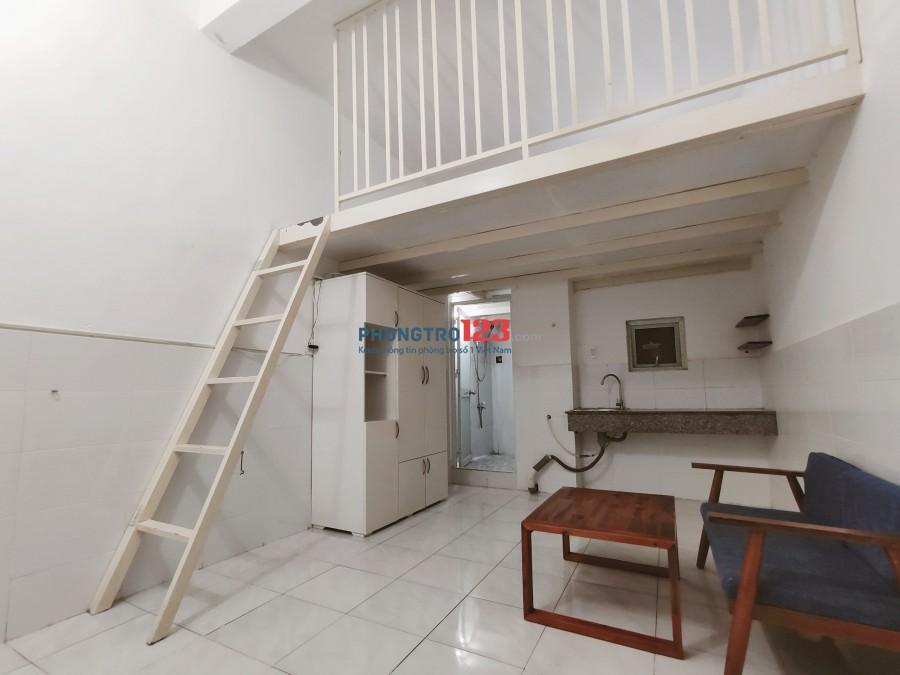 Phòng trọ có gác, trong tòa nhà riêng biệt, có quản lý quận Tân Bình