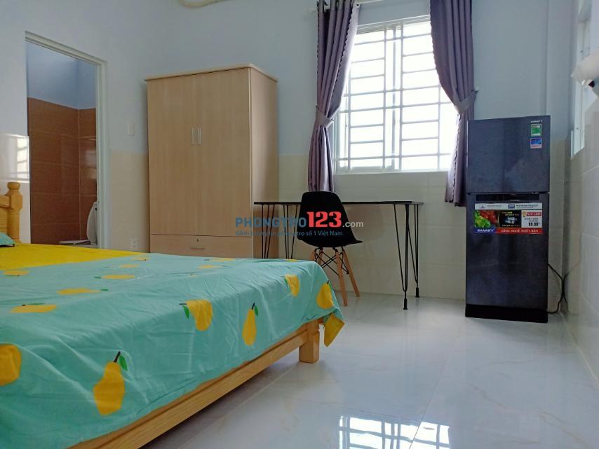 Phòng trọ tại Khánh Hội Q4 SÁT Q1