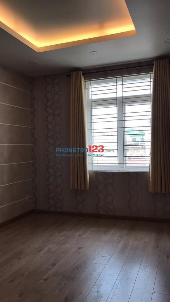 Phòng cho thuê sạch đẹp có cửa sổ